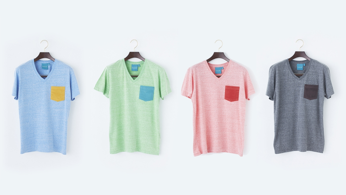 COLOR POCKET V-NECK TEE (BLUE:GREEN:RED:CHACOAL) ¥6,000